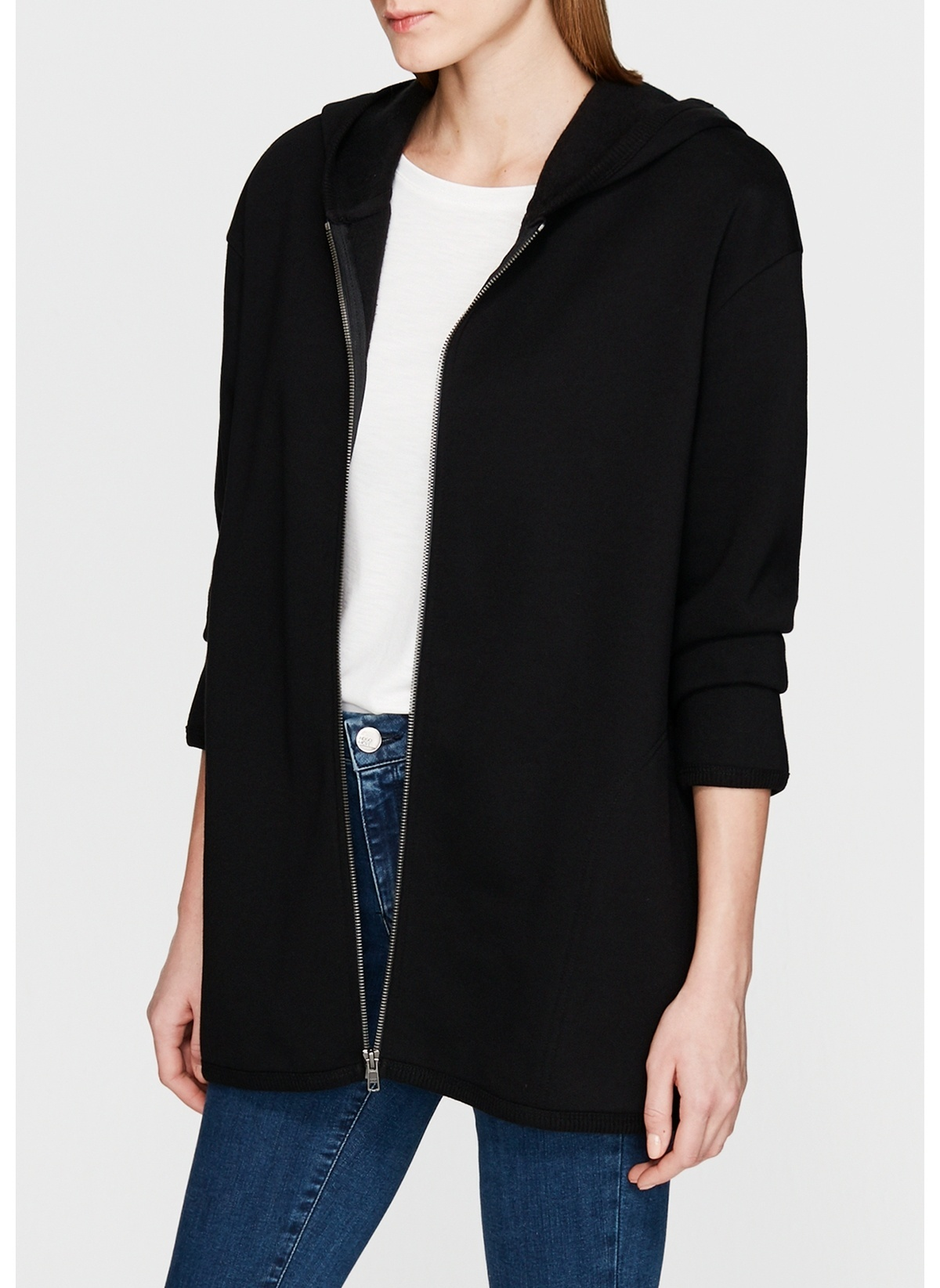 Mavi Fermuarlı Sweatshirt 167659-900 Fermuarlı Siyah Sweatshirt – 149.99 TL